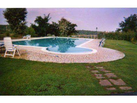 Aquablue Piscine  Experienta in domeniul piscinelor venim in sprijinul dumneavoastra cu produse de calitate si seriozitate.