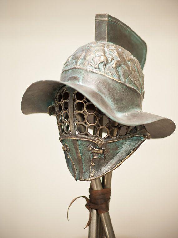 Ancient Pompey Gladiator Helmet,Roman Helmet,Ancient Bronze Sculpture,Ancient Military Armor,Quality Replica Art,Larp Helmet,Armor Helmet