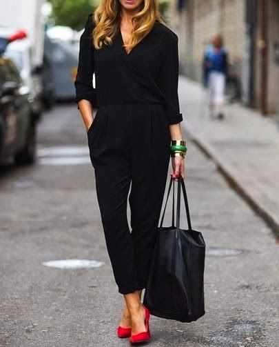 Total black? Noooo! Only with a sparkle? Oh yes!