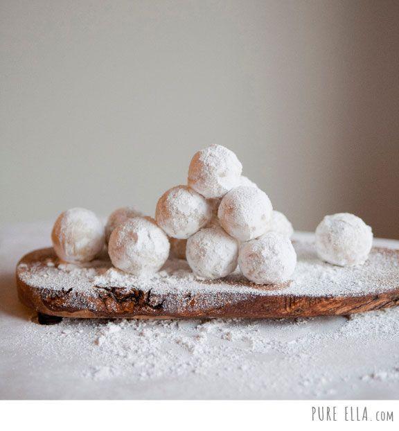 Pure-Ella-Amaretto-Snowballs3
