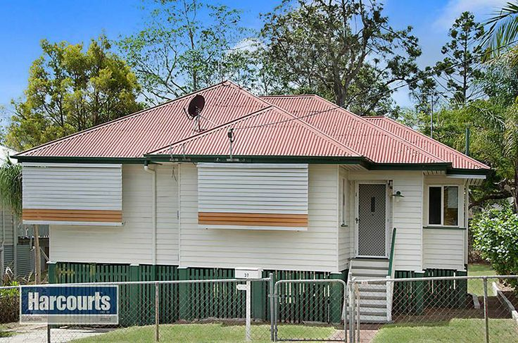 Post War Home in Prime Position Keperra, 37 Callan Street | Harcourts Solutions Mitchelton | Real Estate Sales & Rentals Mitchelton Brisbane & Northside Suburbs. #realestateforsale