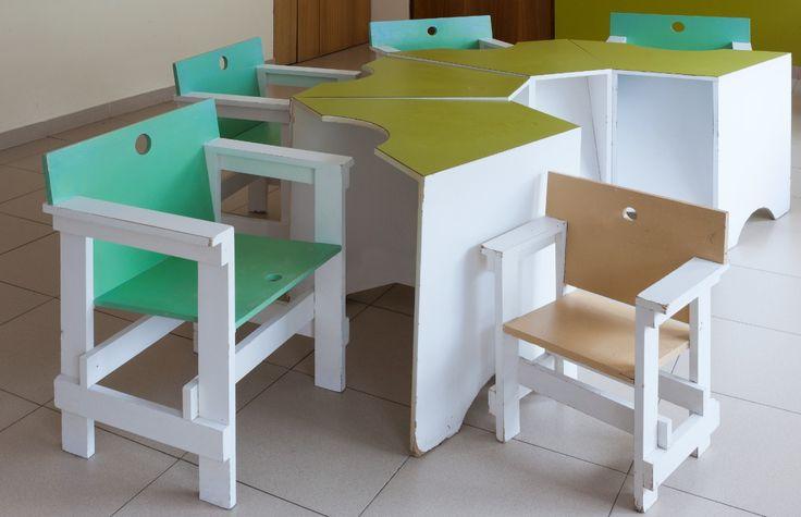 Módulo asento escolar para Aspace. Myriam Goluboff e Mario Soto.