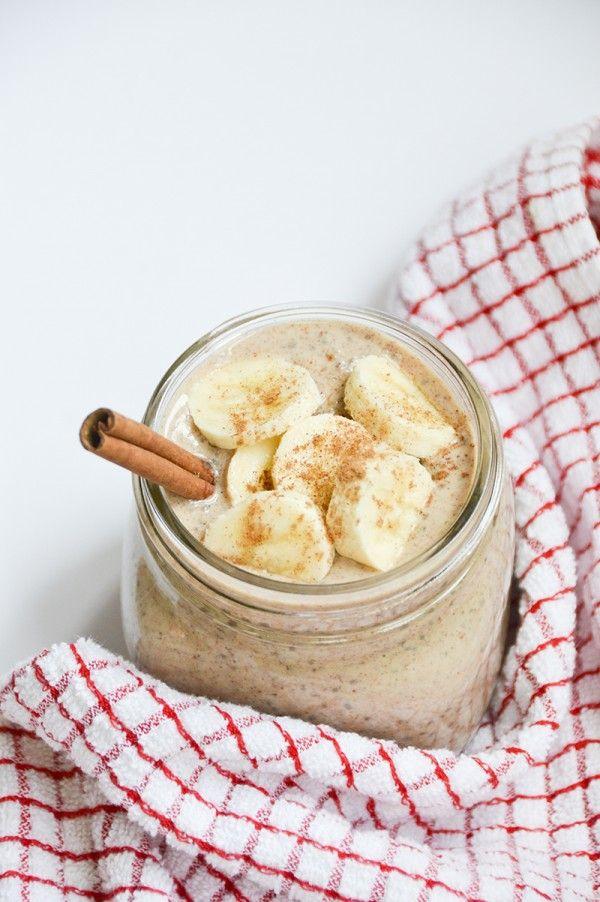 Tijdens het Stadswildevent 'Healthy by Nature' in het Conservatorium Hotel, serveerde Edwin Sander een shake met gepofte bananen, citrus en gewelde chiazaad. Zelf maken? Dit is zijn recept:    2 gepofte bananen (bevroren)  1 limoen (rasp van de schil)  3 dl amandel melk (ongezoet)  1 eetlepel rauwe honing  1 eetlepel hennepzaad  1 eetepel chiazaad (geweld in 1/2 dl water)  kaneel naar smaak    Bereidingswijze:    Leg twee