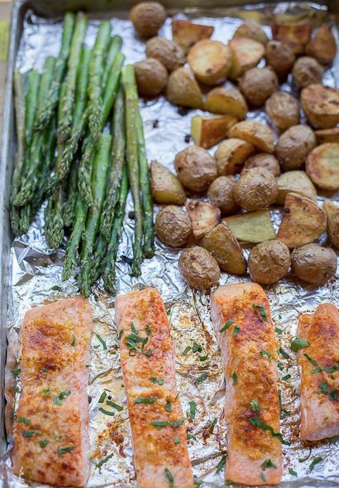 Salmon with Potatoes and Asparagus