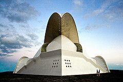 Tenerife Concert Hall a Santa Cruz de Tenerife,  Illes Canàries, Espanya de Santiago Calatrava