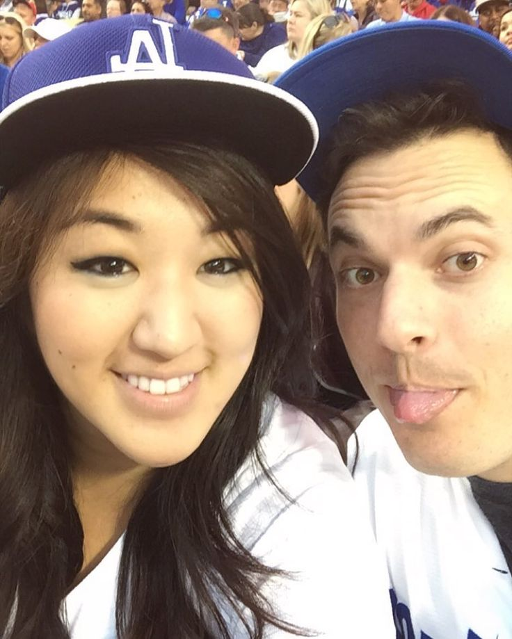 THINK BLUE: Last night at the #Dodgers game. Seats right behind home plate dinner at the Stadium Club and to top it all off we won! Perfect evening  #BleedBlue by tiffanyxcho