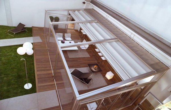 auvent de terrasse aluminium rétractable et moderne