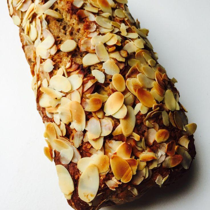 Bananenbrood glutenvrij met roggemeel en amandelmeel