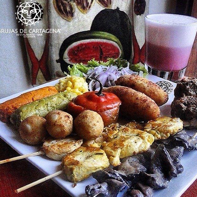 Piqueo Criollo  Cocina Peruana Restaurante Bar Brujas de Cartagena Cartagena - Colombia