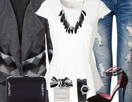 Casual Freizeitoutfit ♥ Hier kaufen: http://www.stylefruits.de/freizeitoutfit-notice-me/o2862446 #Sandaletten #T-Shirt #Schößchen #Schwart #Weiß