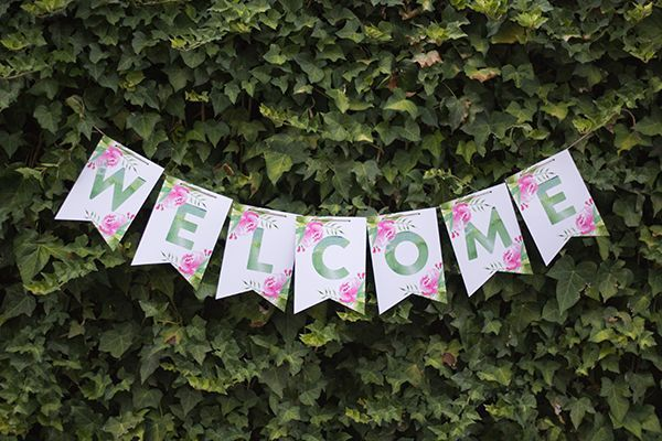 FREE printable: spring-fresh floral bunting with every letter of the alphabet included so you can create your own wording