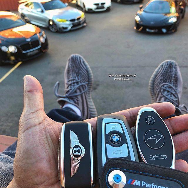 Luxury Bentley Bmw Car Key Fob Remote Super Cars Car Keys Sports Cars Luxury