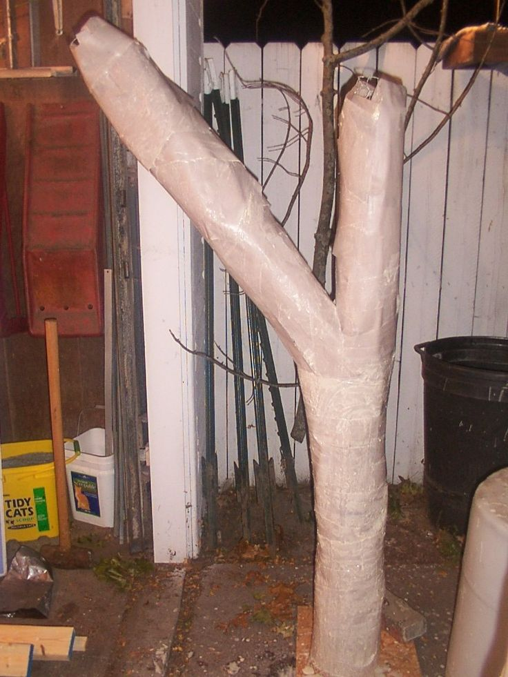 DIY trees GREAT for hanging zombies and ghouls from Halloween decorations yard decor