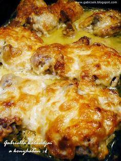 Mustáros-fokhagymás-tejfölös mártásban sült csirke...