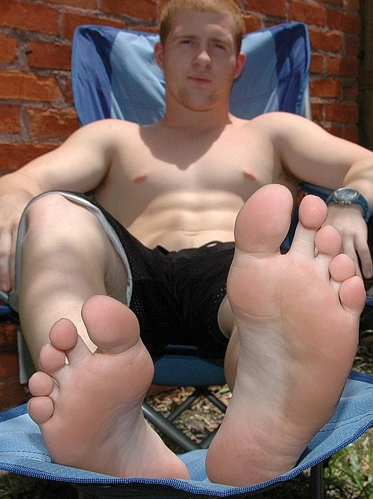 22 best Mens feet images on Pinterest  Male feet Cute guys and Beautiful men