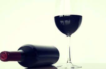 Tache de vin rouge, 10 trucs pour nettoyer une tache de vin rouge