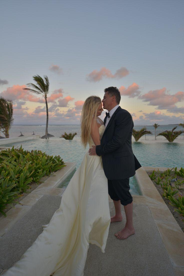 48ff288c5ba806a29186808da149fe03 - beach wedding mauritius