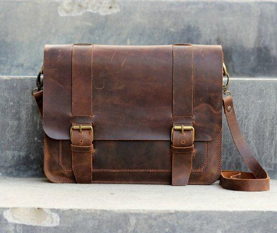 Sacoche en cuir Mens / iPad / Mini Messenger / cuir sac homme / épaule / sac - 019 - sac de cuir en détresse / sacs en cuir et sacs à main on Etsy, 139,80 €
