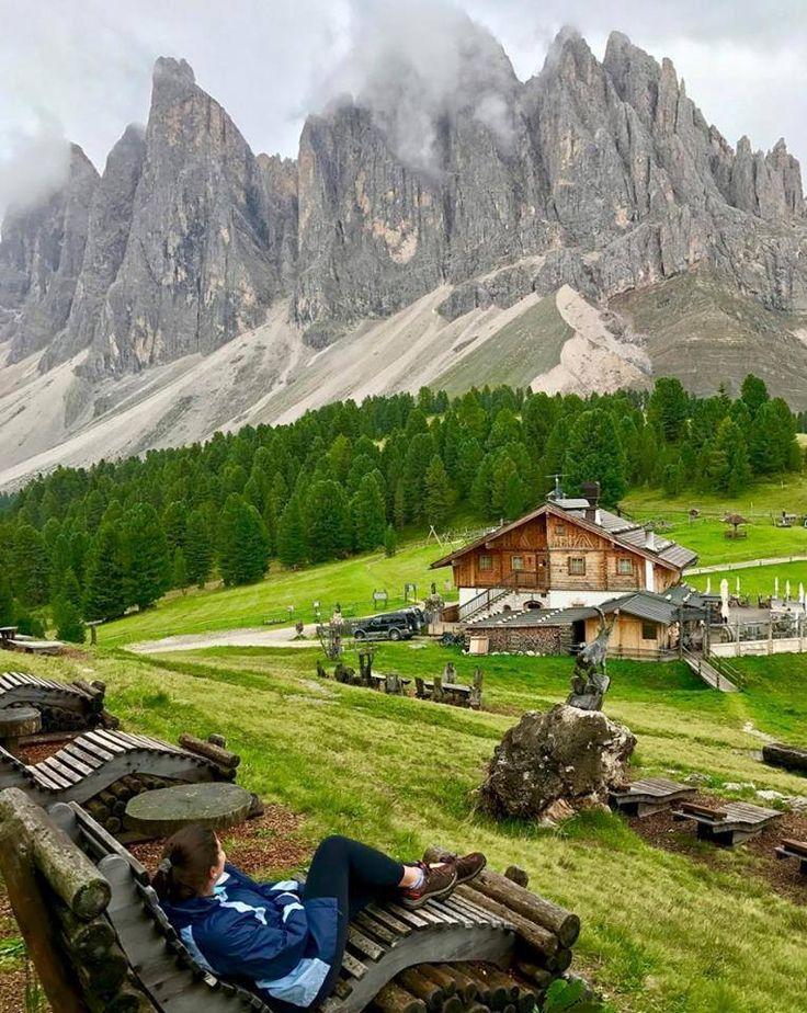 Geisleralm, na Itália - Montes Dolomitas