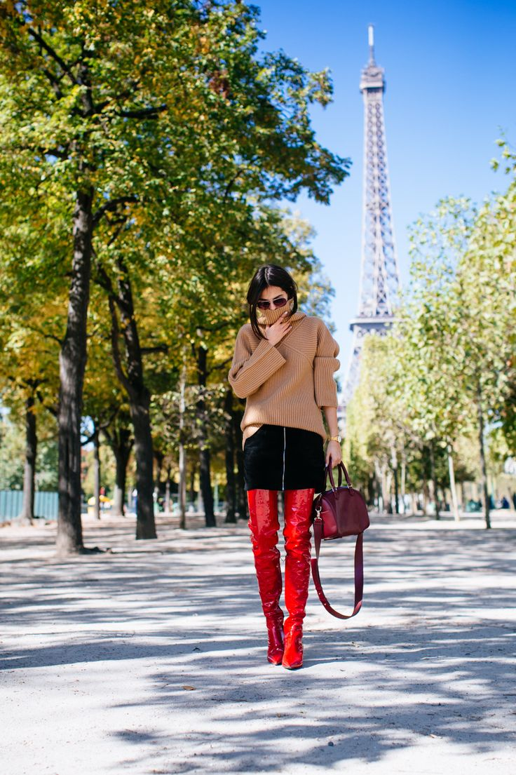 Fall outfit: comfy turtleneck and Versace thigh high boots
