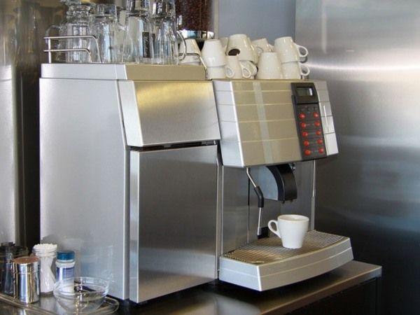 Was kostet ein Kaffeeautomat fürs Büro?