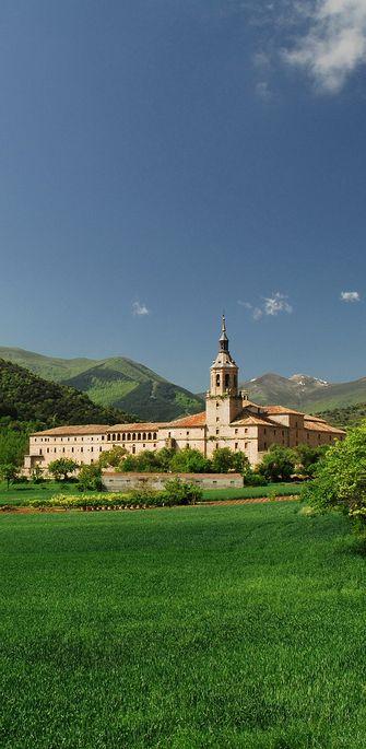 Yuso Monastery, La Rioja, Spain. To learn more about #Bilbao | #Rioja, click here: http://www.greatwinecapitals.com/capitals/bilbao-rioja