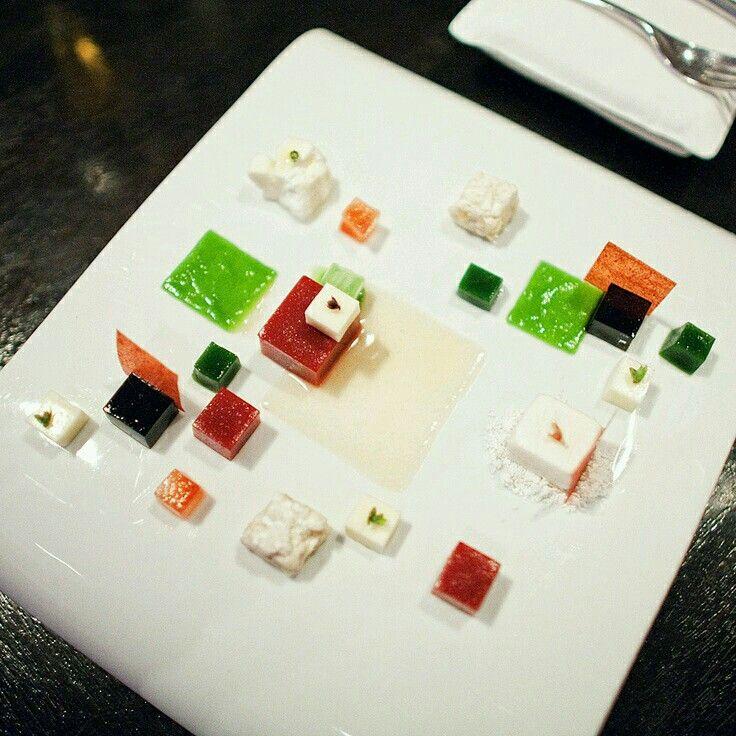 31 best Alinea Restaurant food art design images on Pinterest | Dine ...