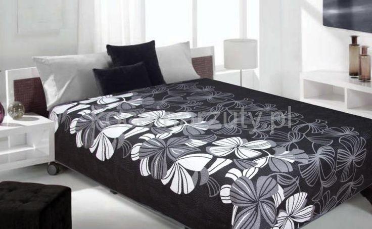 Narzuta w białe kwiaty koloru czarnego dwustronna na łóżko