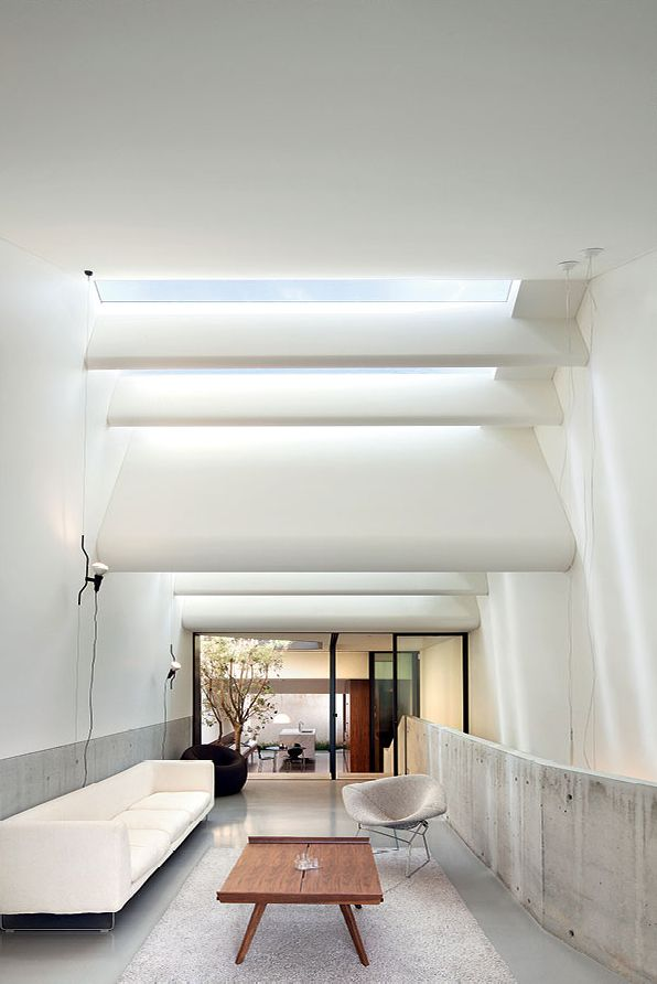 // by Chenchow Little Architects. images: John Gollings, Katherine Lu