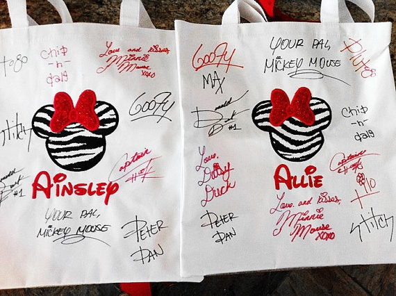 So doing this when we go to Disney!: Autograph Bags, Autograph Books, Disney Ideas, Disney Trips, Cute Ideas, Totes Bags, Character Signs, Disney Autograph, Disney Cruise