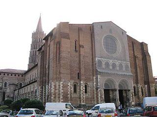 Basilique Saint-Sernin em Toulouse, França. #france #toulouse #basilica #igreja #catolico #catolicismo #europa #europe #viagem #ferias #MidiPyrenees