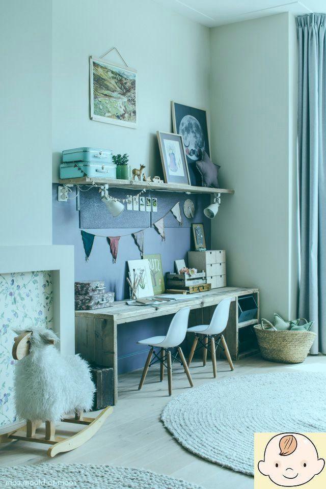 Kinderzimmer Design Madchenzimmer Mit Grossem Schreibtisch Lila Kid Room Decor Room Decor Childrens Bedrooms Design