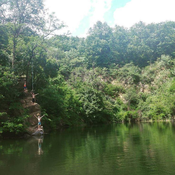 Nagyon szép hely csodás tiszta víz és jó ugrálási lehetőségek. Sok ilyet még a nyáron! :)