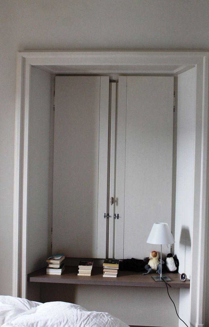 Villa stile liberty - serramento in legno larice lamellare laccato a due colori diversi interno ed esterno completo di oscurante interno