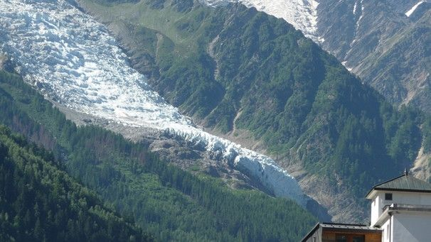 Am Bossonsgletscher sit die Gletscherzunge abgebrochen | Bild: BR/Georg Bayerle