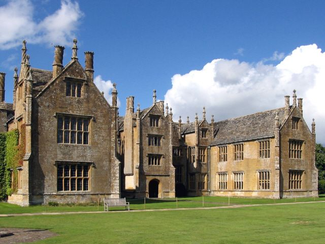 Barrington Court, a classic Elizabethan manor, is my model for Hunter's Reach where Celeste and Jack make their first discover - and meet Wellington