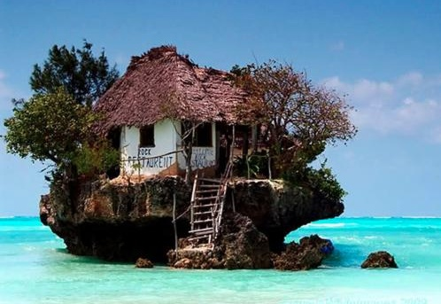 I'd live in this little love shack ;)
