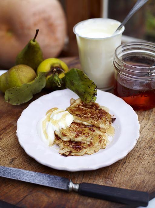 Yummy Breakfast Pancakes http://www.jamieoliver.com/recipes/fruit-recipes/breakfast-pancakes/#VJlTF16Jw9Ulc3Hq.97