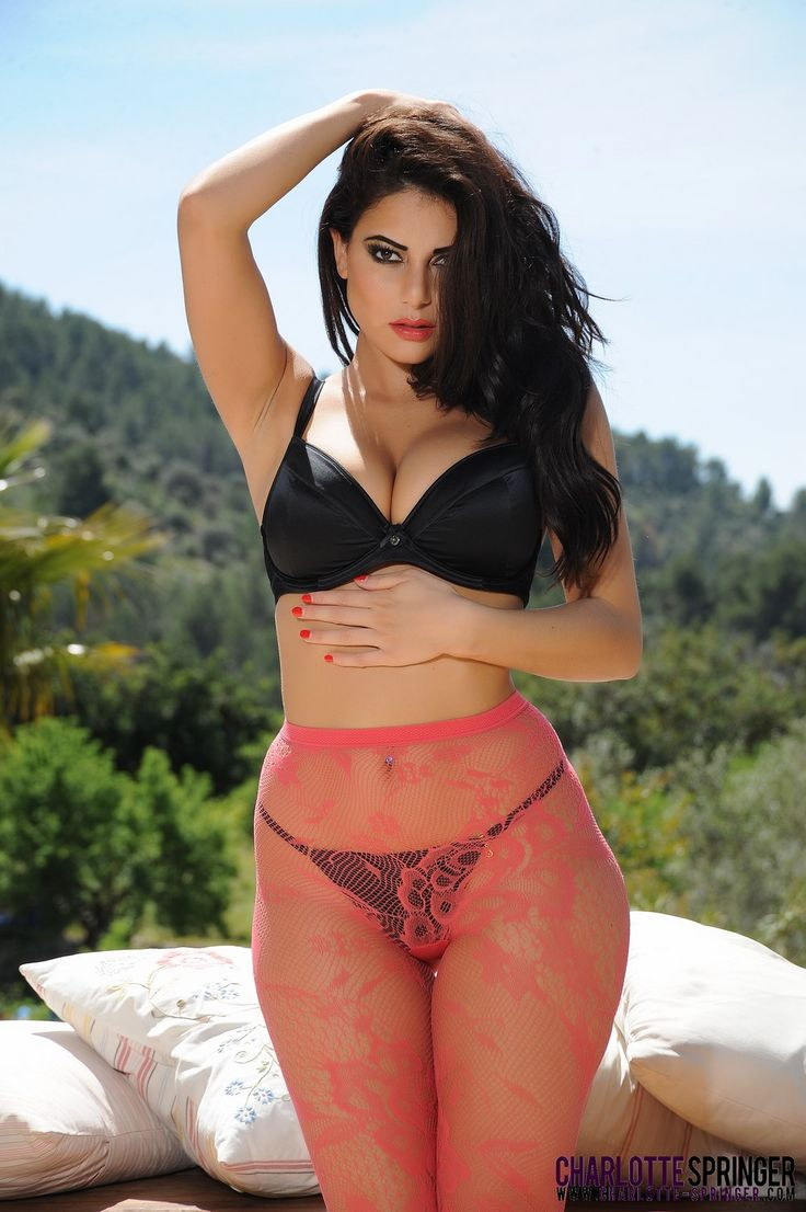 Hot Charlotte Springer Nice 16 In 2019 Charlotte