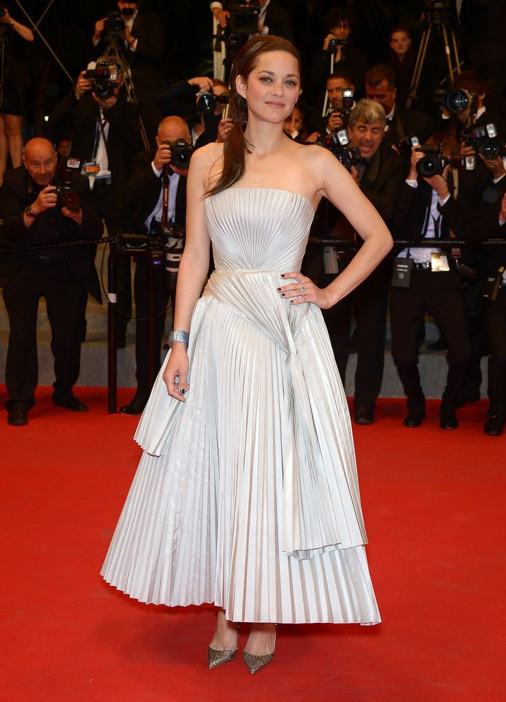 Marion Cotillard in Christian Dior at the In the Name of My Daughter premiere.