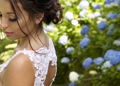 Lilly Gown | Liah Roebuck Bridal 2014. www.facebook.com/LiahRoebuckBridal ... Sandra Henderson Photography.