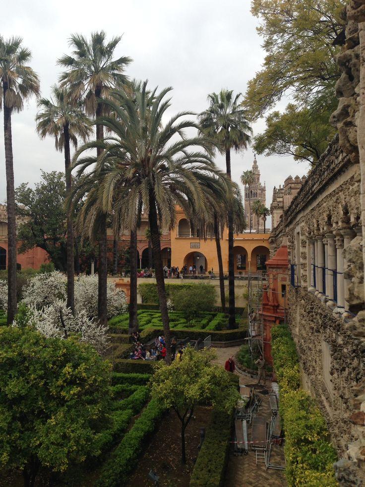 Paradise garden at Alcazar, Sevilla