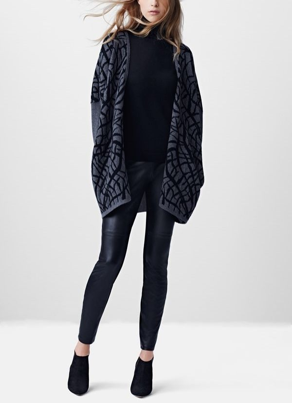 Cozy and chic all black look: cashmere cardigan, booties and leather leggings.