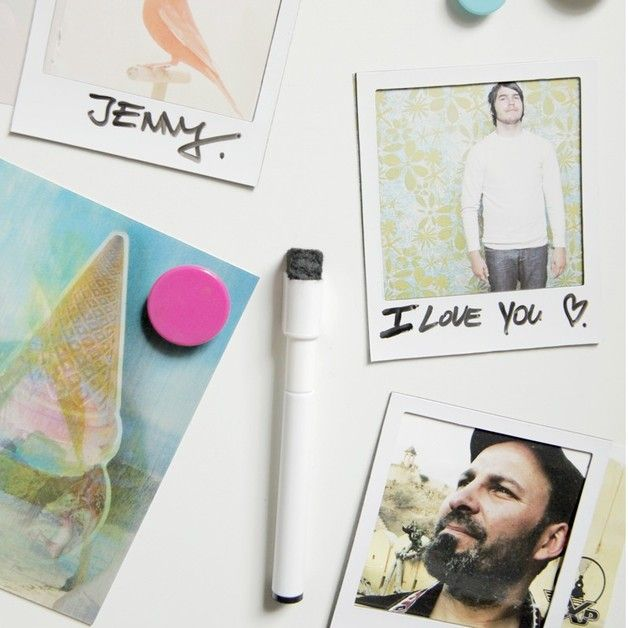 die besten 25 polaroid rahmen ideen auf pinterest billige fassungen papier bilderrahmen diy. Black Bedroom Furniture Sets. Home Design Ideas
