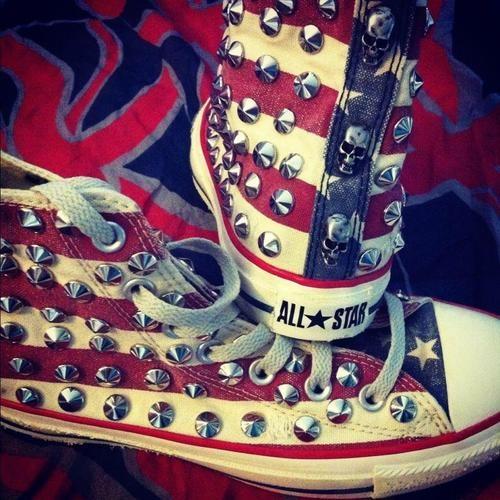 Converse all star bandiera americana #Vintage con borchie e teschi #shoes