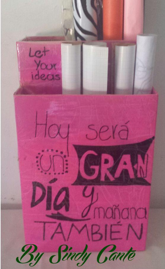 Organizador reciclado con cajas de cereal