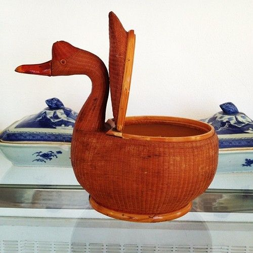 #swan #wicker #breadbasket - @edwardcrutchley