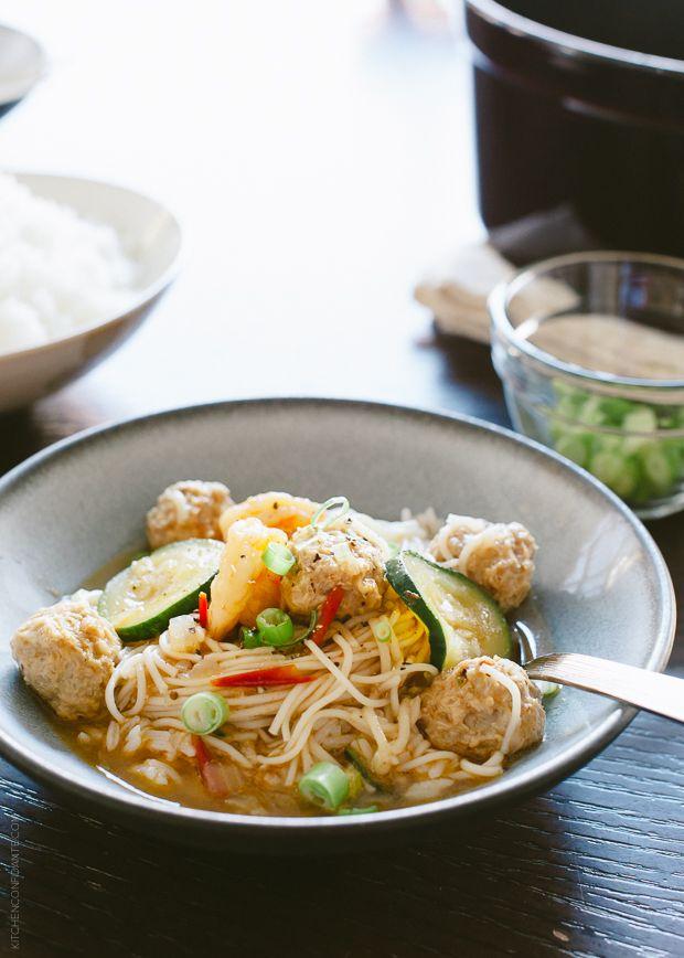Filipino Meatball Noodle Soup: Misua Bola-Bola   5 Years
