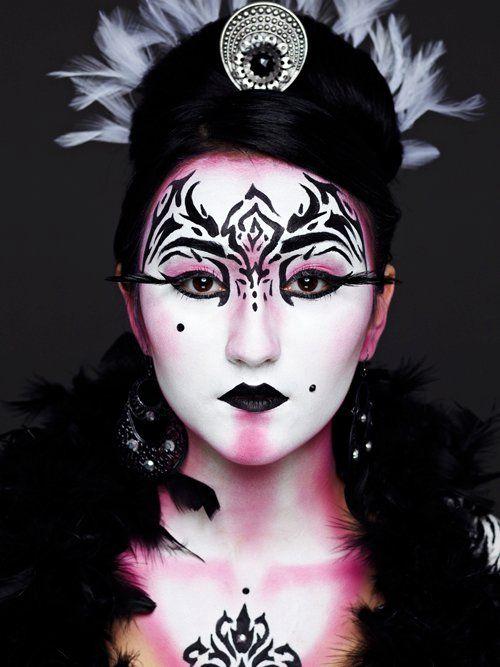 100 best Theatrical makeup images on Pinterest | Halloween makeup ...