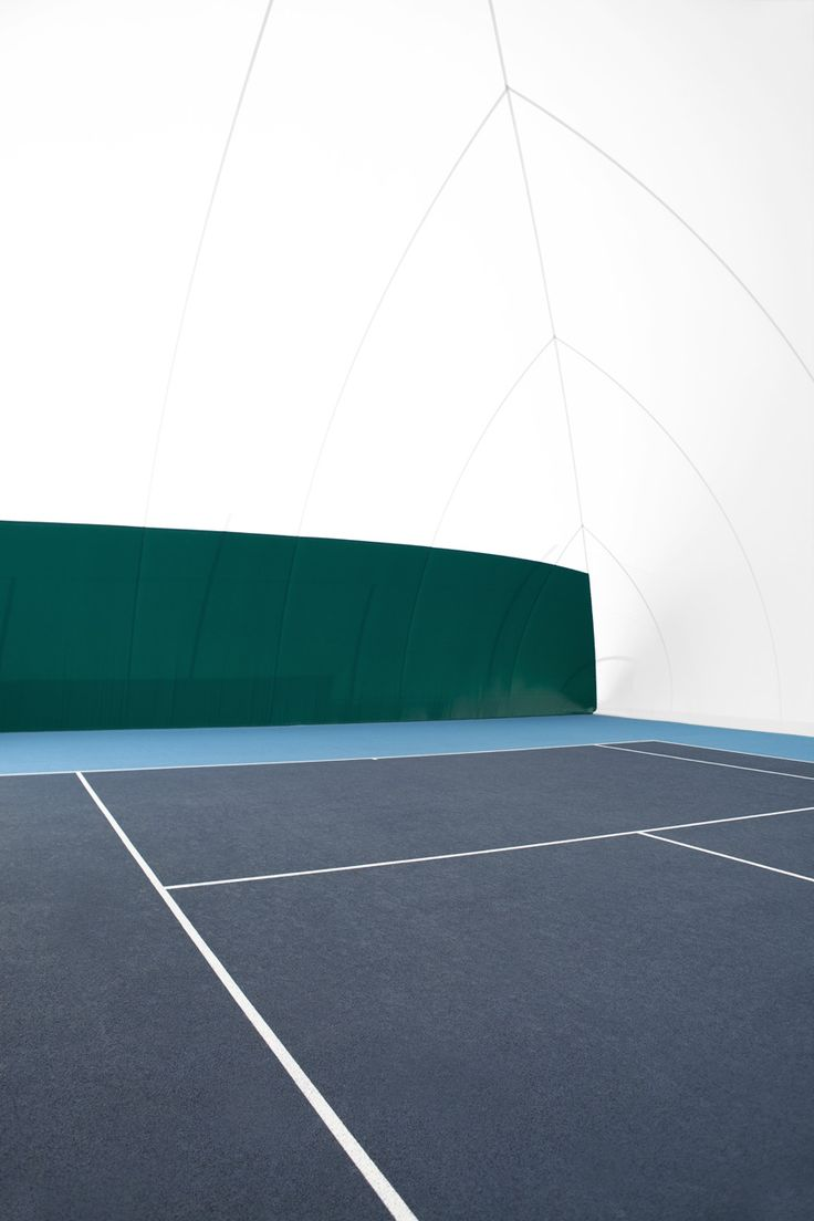 Vivid greens and navy blue...Can you feel the tennis court spirit?